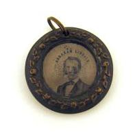 Image: Abraham Lincoln campaign button