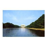 Image: Lincoln Memorial Looking Across the Reflection Pool