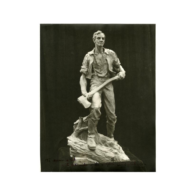 Image: Beardless Abraham Lincoln statue photograph