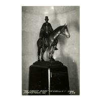 Image: The Circuit Rider statue in Lincoln's Tomb