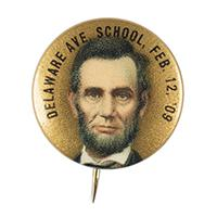 Image: Abraham Lincoln pin